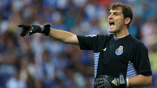 Iker_Casillas-Real_Madrid-Oporto_MDSIMA20150917_2273_20