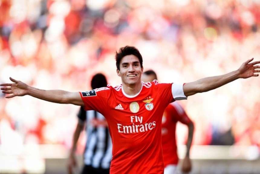 Gaitan-festeja-titulo-Benfica-portuguesa_OLEIMA20160515_0146_28