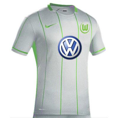 Primera_Equipacion_Camiseta_Wolfsburg_2016_2017