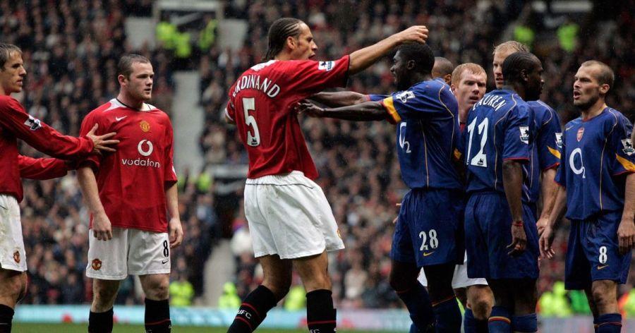 PREMIERSHIP-FOOTBALL-MAN-U-V-ARSENAL-OCTOBER-2004.jpg